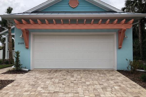 Raised Shaker Stamp Panel Garage Door