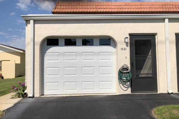 Raised Short Panel Garage Garage Door with Plain Glass